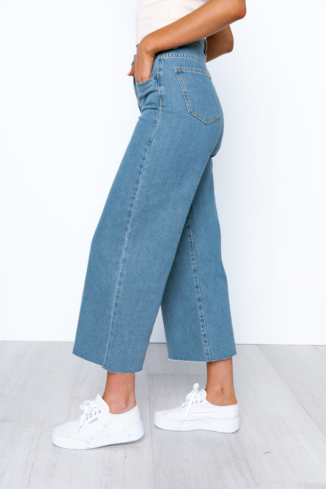 Cher Jeans