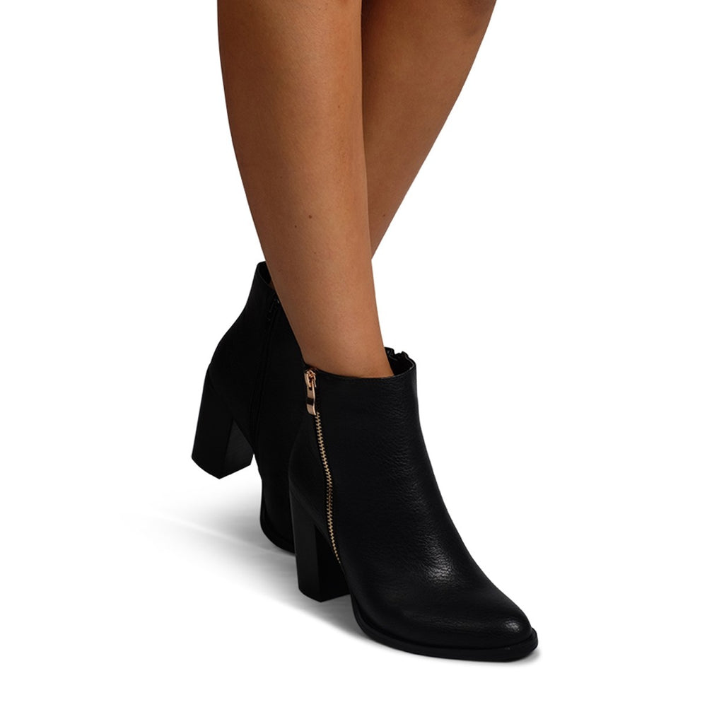 Charli Ankle Boots - Black - STYLE STRUCK