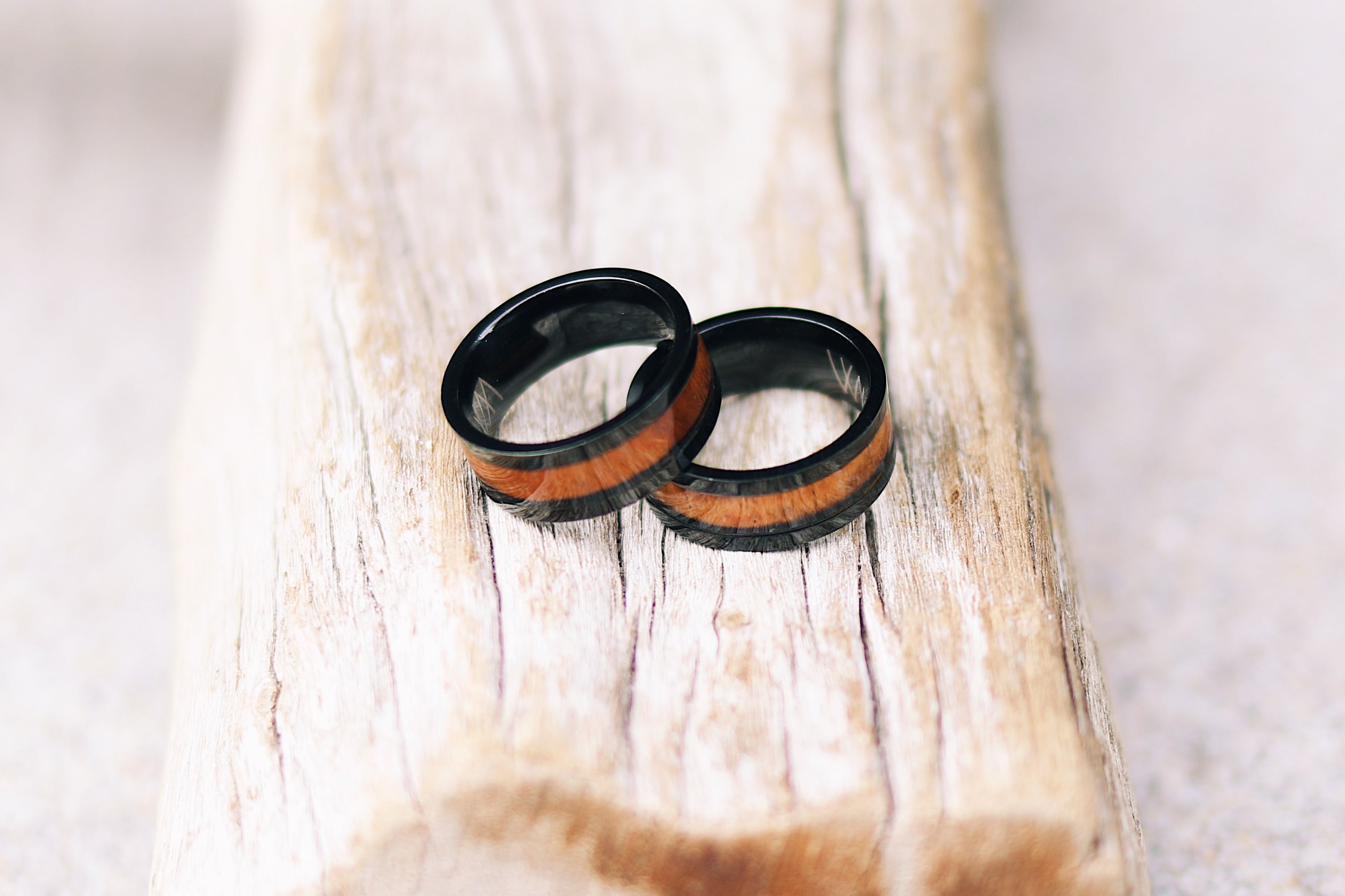 fullxfull ring zoom listing wood black rings walnut abalone bent il wedding