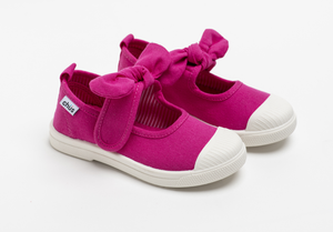 Canvas sneakers with single velcro strap and removable bow tie in fuchsia / hot pink. Adorable monogrammed. Chus Shoes.