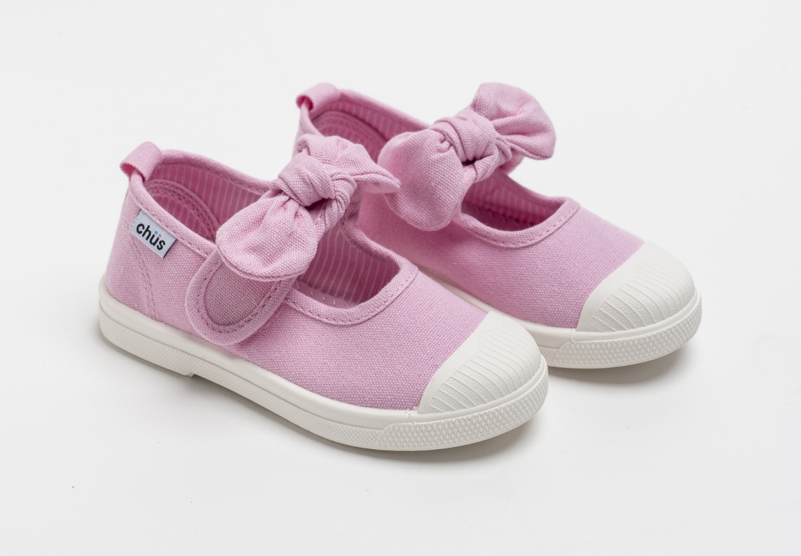Canvas sneakers with single velcro strap and removable bow tie in light pink. Adorable monogrammed. Chus Shoes.
