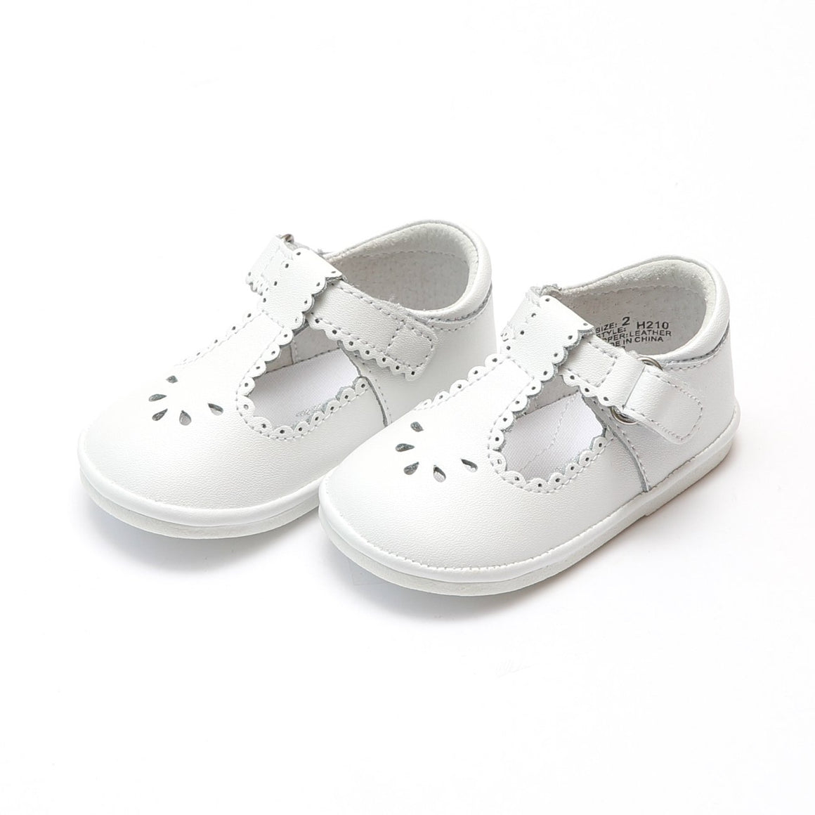 girls white leather scalloped mary jane shoe, the Dottie from L'Amour available at Threadfare Children's Boutique