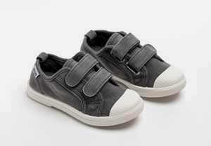 Distressed grey canvas sneakers with double velcro straps. Chus Shoes.
