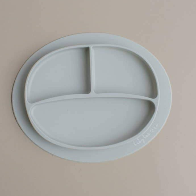 Sili Suction Divided Plate in Taupe. For baby and toddler.100% free BPA, PVC, lead, cadmium & phathalate silicone.