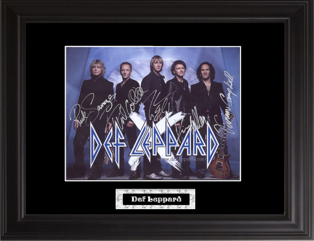 Def Leppard Autograph Photo - Zion Graphic Collectibles