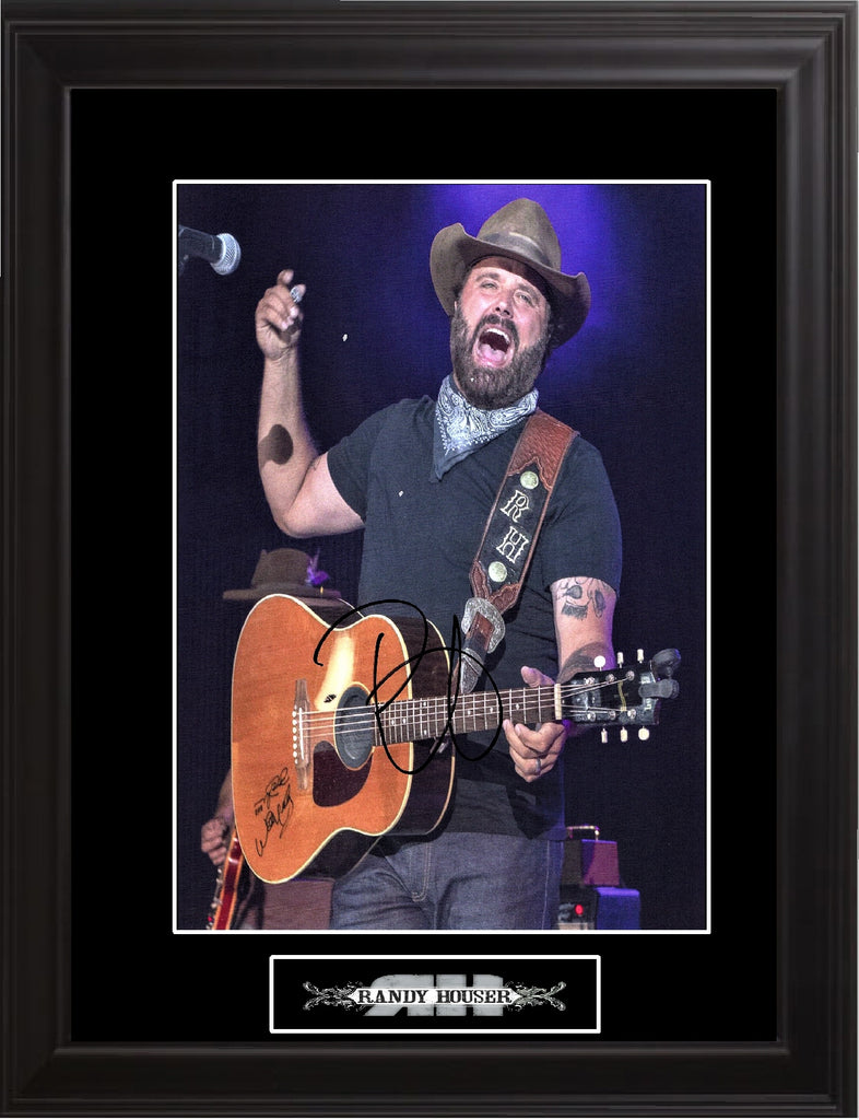 Randy Houser Autographed Photo - Zion Graphic Collectibles