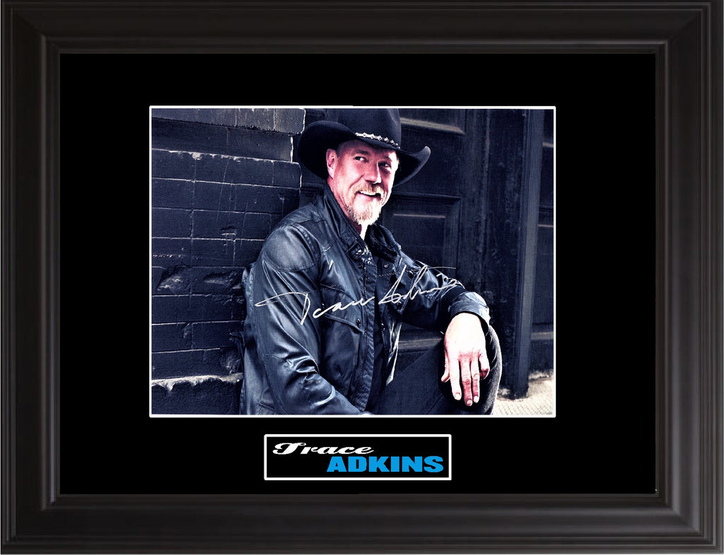 Trace Adkins Autographed Photo - Zion Graphic Collectibles