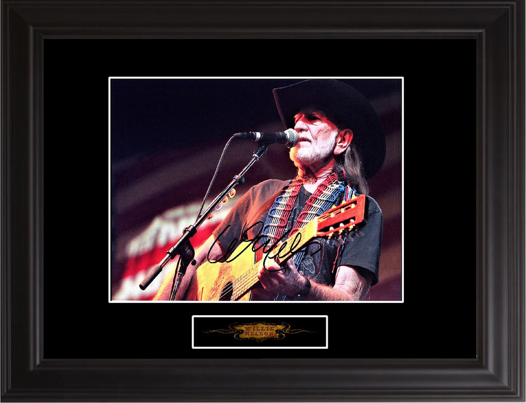 Willie Nelson Autographed Photo - Zion Graphic Collectibles