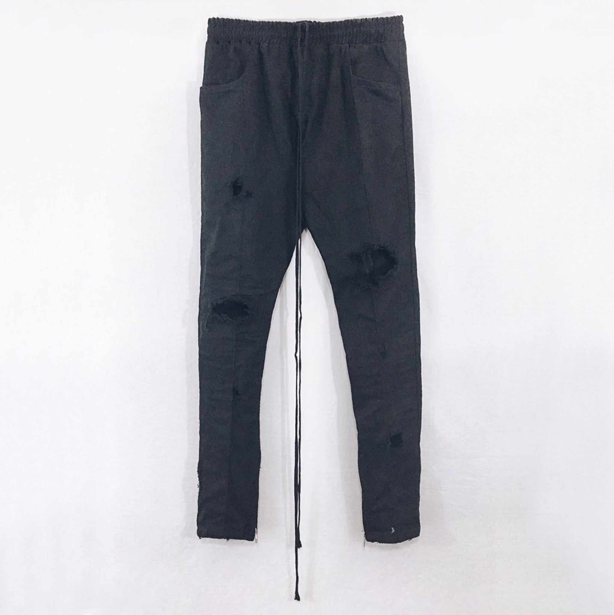 Signature Denim in Destroyed Black