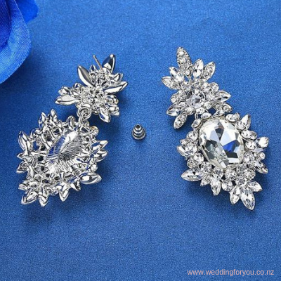 Rhinestone Flower Earrings