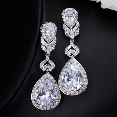 Elegant Water Drop Shaped Cubic Zirconia Crystal Earrings