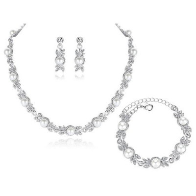 Luna Pearl Bridal Jewellery Set