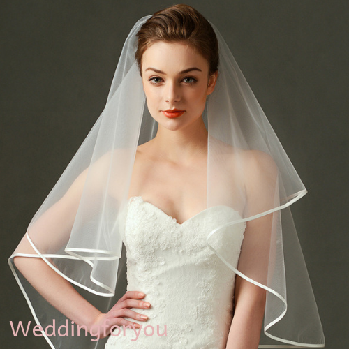 Simple White Two-Tier Ribbon Edge Wedding Veil With Comb