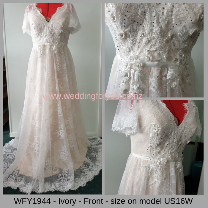 WFY1944 - Boho V Neck Cap Sleeve Lace Wedding Dress