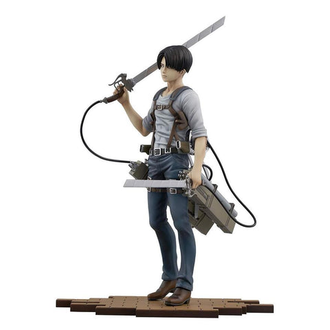 attack-on-titan-sentinel-brave-act-1-8-scale-figure-levi-ver-2b_HYPETOKYO_1