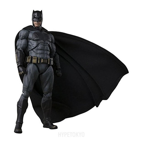 batman-bandai-s-h-figuarts-action-figure-batman-justice-league_HYPETOKYO_1