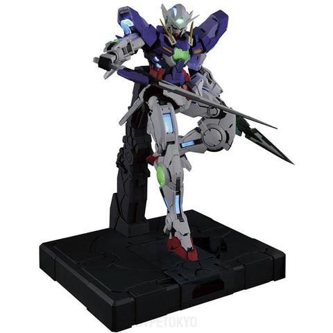 gundam-00-perfect-grade-plastic-model-gn-001-gundam-exia-lighting-model_HYPETOKYO_1