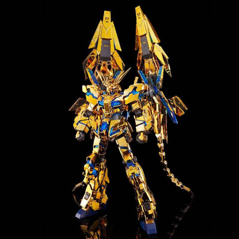 mobile-suit-gundam-narrative-real-grade-plastic-model-rx-0-unicorn-gundam-03-phenex-narrative-ver_hypetokyo_1