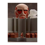 Attack on Titan Nendoroid : Colossus Titan & Attack Playset - HYPETOKYO