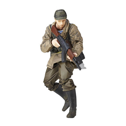 revoltech-mini-metal-gear-solid-v-the-phantom-pain-soviet-army-soldier_HYPETOKYO_1