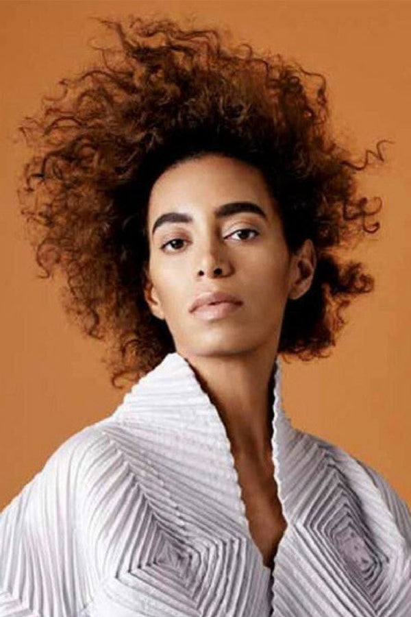 Check Out Solange's Mesmerising Performance Art Piece