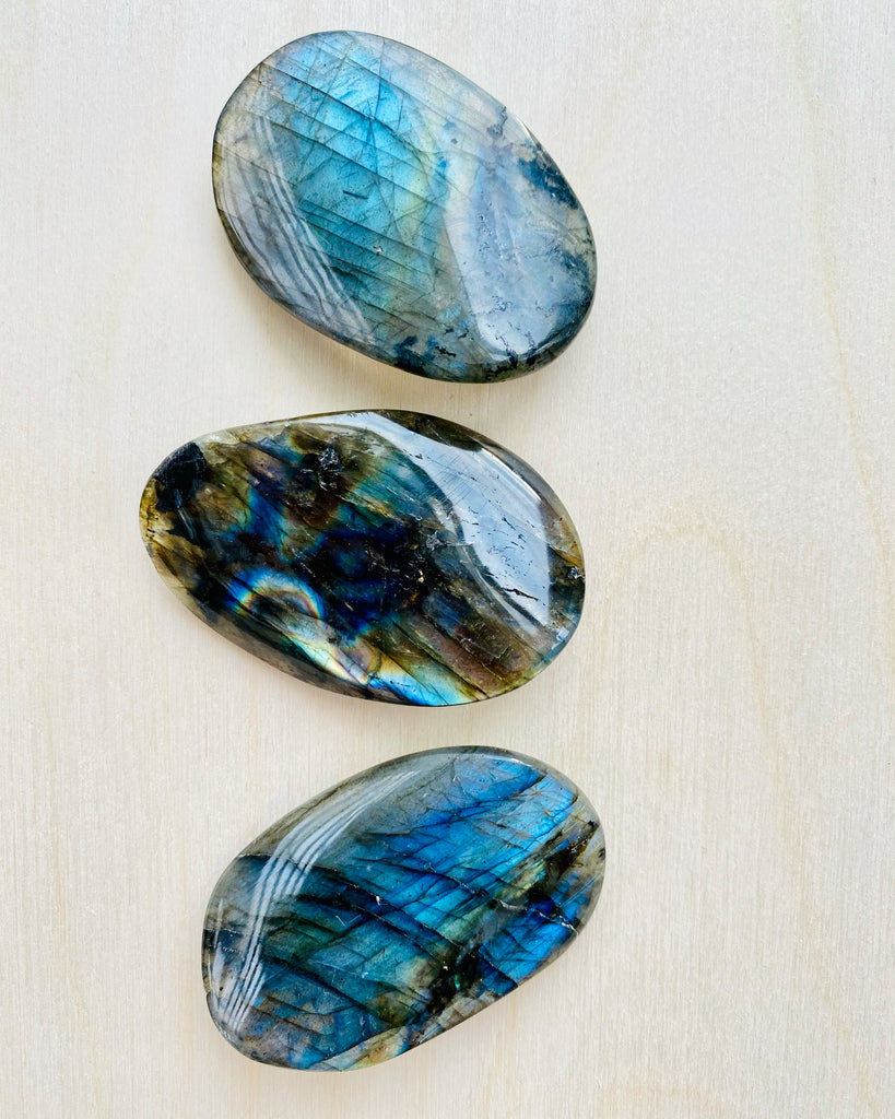 Labradorite Magical Waves  🌊
