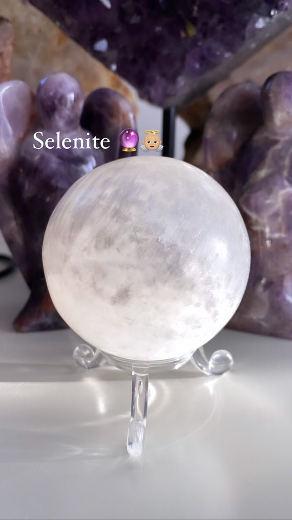 Selenite Sphere Specials 👼🏼🔮💎💞