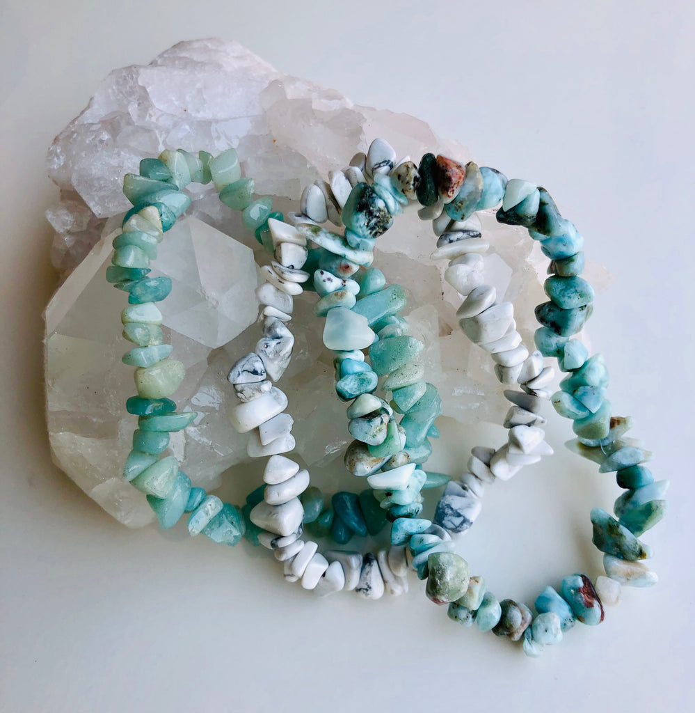 Keep Calm & Wear A Crystal Bracelet 💆🏼‍♀️🙌🏼🦋🌊 THE CALM CRYSTALS