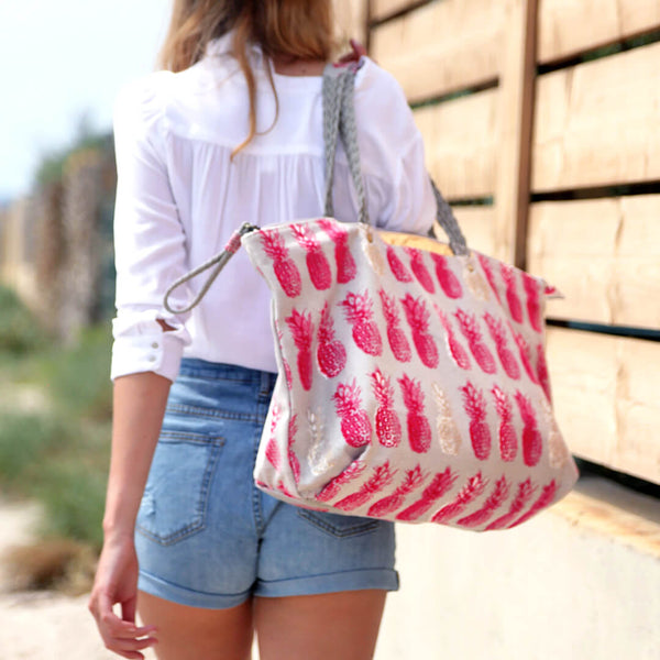 Sac de Plage PlayaPlaya - L'Imprimé Red Pineapple - PlayaPlaya