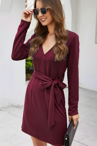 V NECK WRAPPED DRESS WITH RIBBON TIE