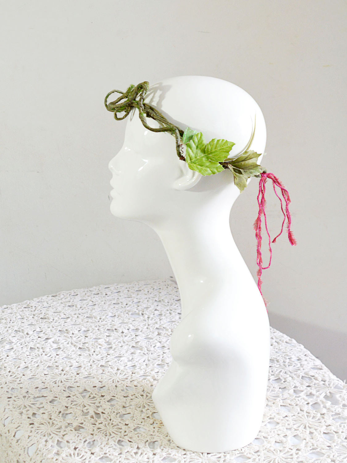 minimal vines bridal crown.