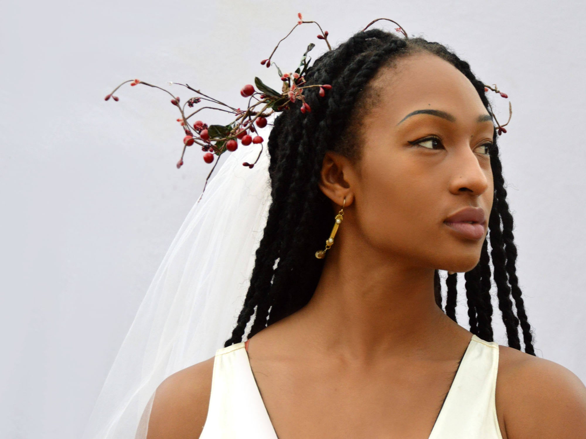 floral crown bridal veil with red berries