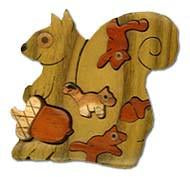 squirrel with nut miniature - Boxology