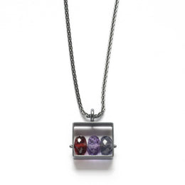 Rectangle Necklace with 3 stones