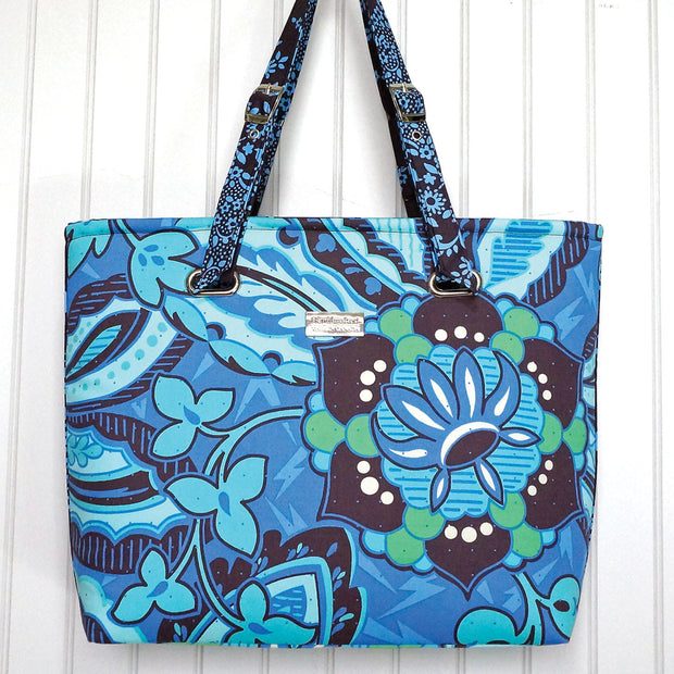 The Totes Ma Tote in Blue Floral