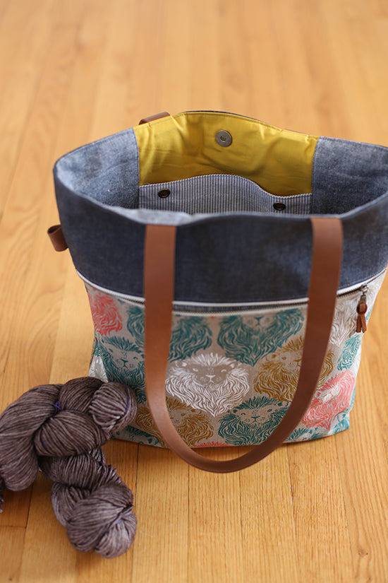 Caravan Tote & Pouch by Noodlehead (Printed Paper Pattern)