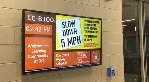Digital signage in schools