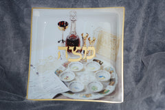 Passover/ Matzah Tray with seder scene, square glass