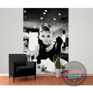 AUDREY HEPBURN BREAKFAST AT TIFFANY'S WALLPAPER MURAL