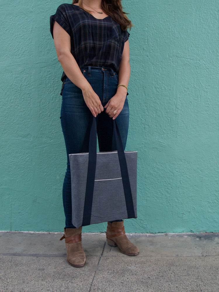 Bag for carrying vinyl records by Kate Koeppel Design