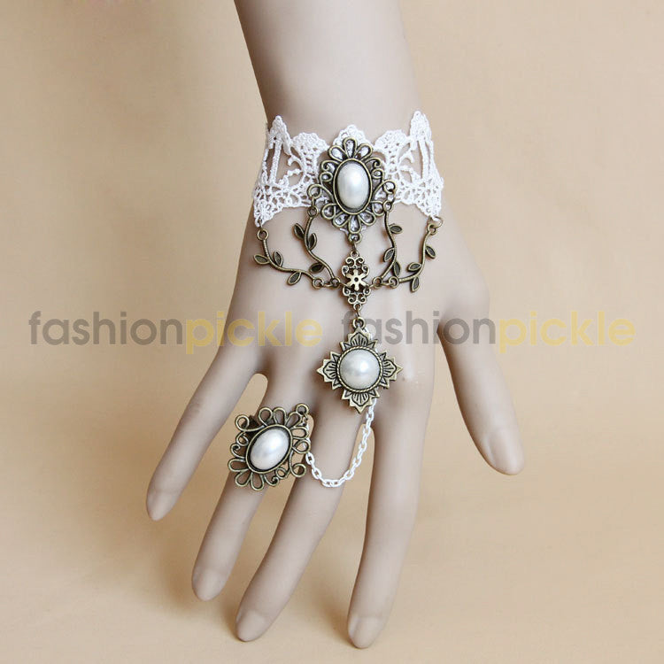 White Lace Pearl Ring