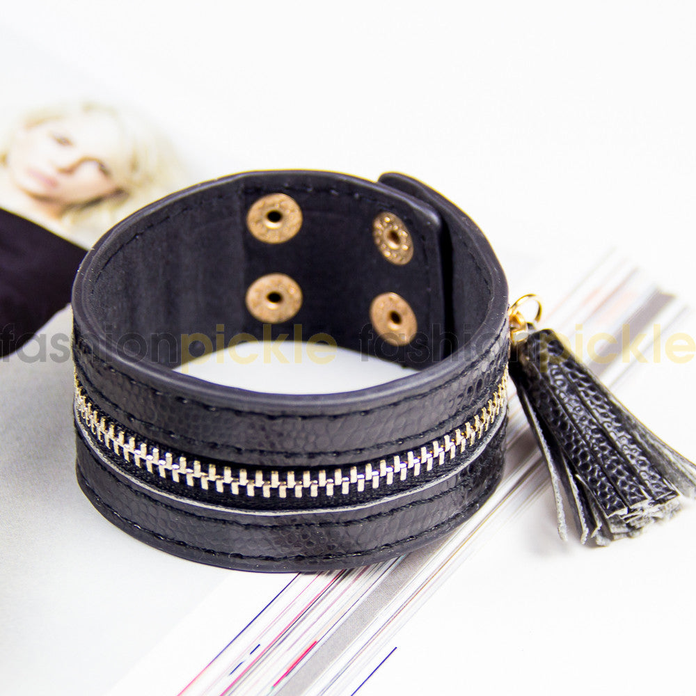 Ab0320   Black Zipper Faux Leather Band