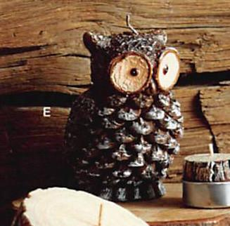 Roost Owl Pine Cone & Log Slice Candles