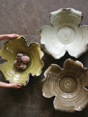 Kalalou Giant Leaf Bowl