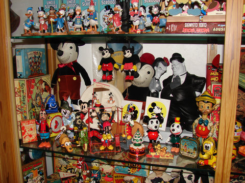 While Luis True Passion Lies In Disney Items From This Era Is Also Attracted To Pieces Which Are Styled The Same Or Harken Back