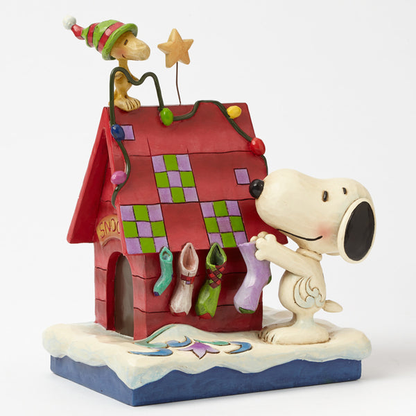 Jim Shore Peanuts Collection Prepping For Santa Snoopy And