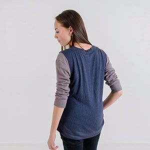 Gillian V-Neck Knit Vest (Navy Blue)