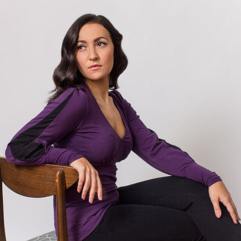 Lou V-neck Top (Plum with Black Contrast)
