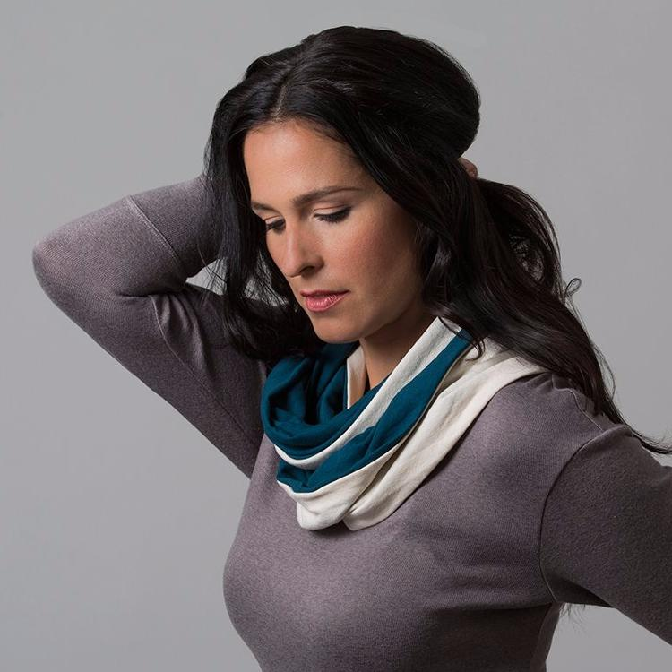 Jules 2-Tone Infinity Scarf (Evergreen + White)