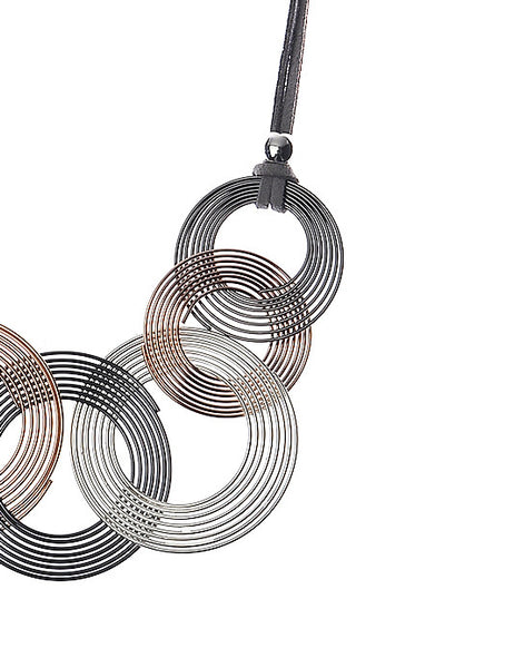 Necklace With Three Tone Spiral-Links